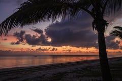 Lever de soleil - Inhassoro - Mozambique Image stock