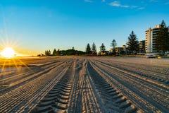 Lever de soleil intense au bâti Maunganui images stock