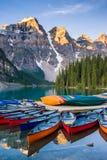 Lever de soleil de lac moraine photos stock