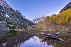 Lever de soleil marron Aspen Colorado de Bells Images libres de droits