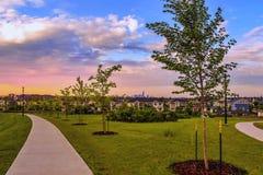 Lever de soleil de matin au-dessus d'Edmonton du centre image stock