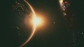 Lever de soleil orange au-dessus de la terre photographie stock libre de droits
