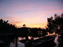 Lever de soleil sur l'île tropicale Photographie stock libre de droits