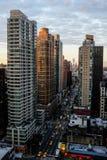 Lever de soleil sur la 6ème avenue Image libre de droits