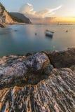 Lever de soleil sur la côte de Conero, Marche, Italie Images stock