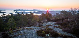 Lever de soleil sur la côte suédoise Photographie stock