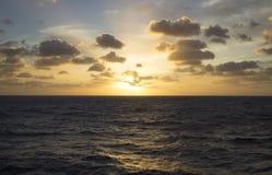 Lever de soleil sur la croisière Photos libres de droits