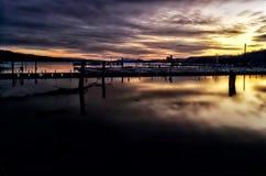 Lever de soleil sur la marina Image stock