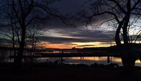 Lever de soleil sur la marina Photo stock