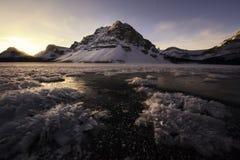 Lever de soleil sur le lac bow Photographie stock libre de droits