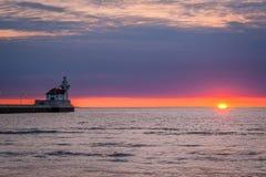 Lever de soleil sur le lac Supérieur, Duluth, manganèse Photo stock