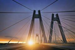 Lever de soleil sur le nouveau pont à Cracovie Image libre de droits