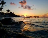 Lever de soleil tropical image libre de droits