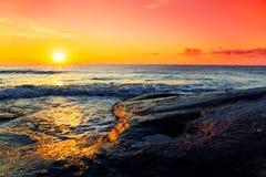 Lever de soleil tropical d'océan Image stock