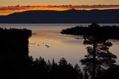 Lever de soleil vert de compartiment Photo libre de droits