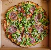 levererad pizza Arkivbilder