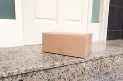 Levererat post- paket arkivfoton