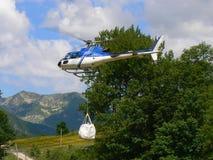 Levering door helikopter Stock Foto