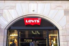 Levi-` s Ausgang lizenzfreie stockfotografie