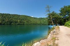 Levico sjö - Trentino Italien Arkivfoton