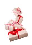 Levitazione dei contenitori di regalo di Natale Immagini Stock Libere da Diritti