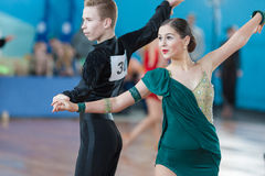 Levkovich Aleksander och Bugakova Evelina Perform Juvenile-2 latin - amerikanskt program Arkivfoto