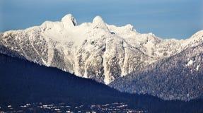 lew góra góry śnieżni dwa Vancouver Zdjęcia Stock