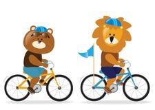Lew i niedźwiedź jedzie rowery royalty ilustracja