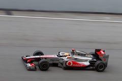 Lewis Hamilton auf einer großen Geschwindigkeit gerade Stockfotos