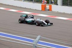 Lewis Hamilton av Mercedes AMG Petronas Formel en Sochi Ryssland Royaltyfri Bild