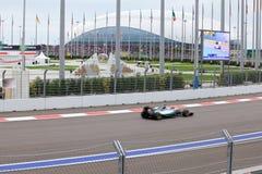 Lewis Hamilton av Mercedes AMG Petronas Formel en Sochi Ryssland Royaltyfri Foto