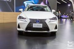 Lexus ÄR bilen 300h på expon 2016 för den Thailand Internationalmotorn Royaltyfria Foton