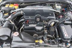 Lexus ES el motor 2001 en la exhibición Imagenes de archivo