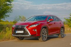 Lexus RX450h on the road Stock Images
