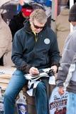 Leyenda Bill Elliott Signs Autographs de NASCAR Fotografía de archivo libre de regalías