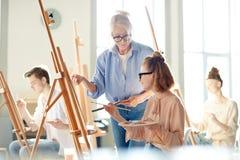 Lezione di pittura immagini stock libere da diritti
