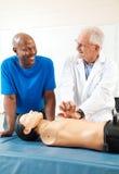 Lezioni di CPR da medico fotografia stock libera da diritti