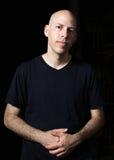 Låg-tangent stående av en man Royaltyfri Fotografi
