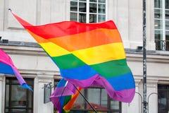 LGBT同性恋自豪日彩虹旗子 免版税库存照片