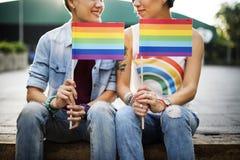 LGBT女同性恋的夫妇片刻幸福概念 免版税图库摄影