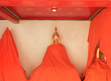 Lügenbuddha Tempel Wat Phos in Bangkok, Thailand - Details Stockfoto