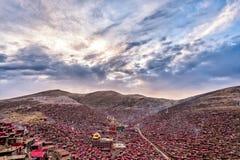 Lharong-Kloster von Sertar Stockfotos