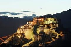 lhasa slottpotala Arkivbilder