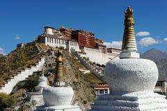 lhasa slottpotala tibet Arkivbild