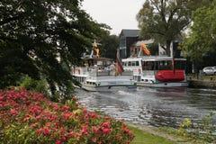 lheim Ruhr del ¼ del mà de la reflexión del agua de río del otoño Imagenes de archivo