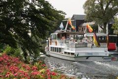 lheim Ruhr del ¼ del mà di riflessione dell'acqua di fiume di autunno fotografia stock libera da diritti