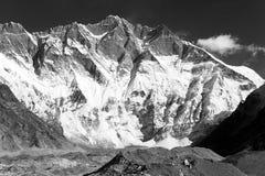 Lhotse, południe skały twarz Obrazy Stock