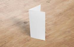 Liść ulotki egzaminu próbnego szablon Pustej broszurki szablonu biały papier na tle zdjęcie stock