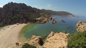 Li Cossi-het eiland Italië van strandcosta paradiso sardinia stock videobeelden