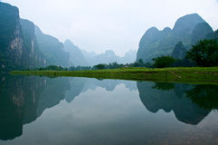 Li Jiang river and its mountains Stock Photos